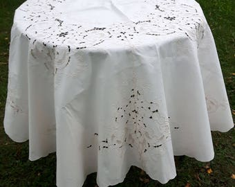 HANDMADE Vintage ROUND beige embroidery tablecloth 160 cm / 63 inch in diameter