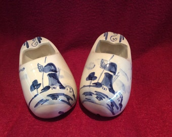 Delft Blue and White Pair of Clogs appx 110mm