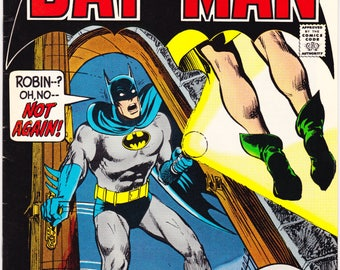 Batman 246 comic, Neal Adams art, Robin Gift and book, Bronze Age, Vintage art, Superhero. 1972 DC Comics in VF+ (8.5)