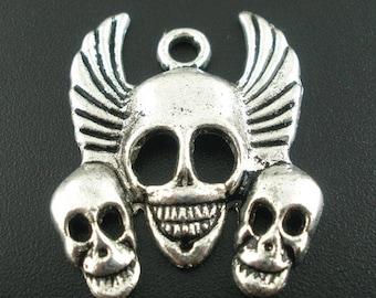 1 Halloween skull pendant charm triple Skull 27x34mm
