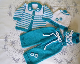 ON SALE, Newborn Outfit,  Coming Home Set, Baby Shower Gift,  Four Pieces  Newborn Set ,  Take  Home Suit, Baby Girl Set.