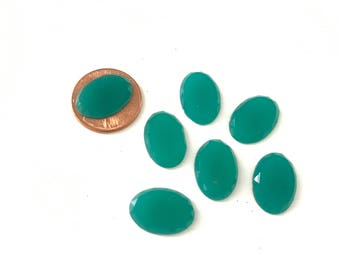 12 Vintage Oval Green Glass Cabochons Flat Backs 16 x 11mm