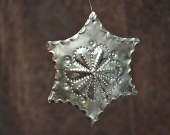 tin Christmas ornament Estrellita hand punched New Mexican tinwork Jason Younis y Delgado