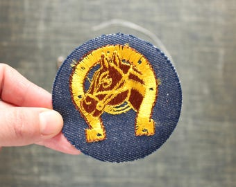 horse & horseshoe patch . 1970s vintage patch . embroidered denim iron on patch