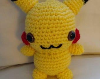Pokemon Pikachu Amigurumi