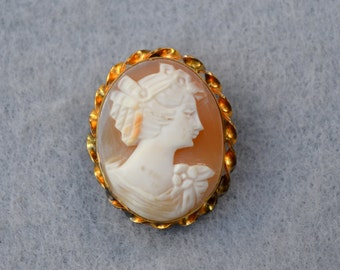 Carved Shell Cameo Gold Filled Brooch or Pendant Vintage