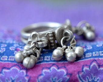 Indian silver ring vintage bells dangle bells tribal gypsy ring with heart ethnic Rajasthani old tribal India sterling nomad Banjara
