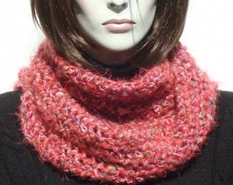 Woman Scarf in Handmade, Pink Scarf, Womens Scarves, Soft and Warm Wool Scarf, Hand made Crochet Scarf, Infinity Scarf