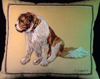 Hand embroidery pet portrait pillow