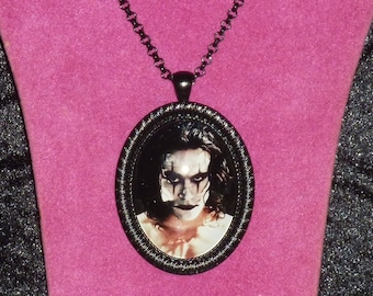 The Crow / Eric Draven Inspired Black Cameo Necklace / Brandon Lee / The Crow Pendant / Horror / James O'Barr / Gothic Jewelry / Goth