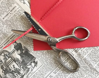 Vintage zig-zag scissors sewing fabric shears craft scissors Stainless steel England RICHARDS SHEFFIELD dressmaking cutters zigzag