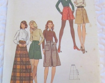vintage BUTTERICK 6856 sewing pattern-- MISSES SKIRT in three lengths-- size 12-14  -- 1970s