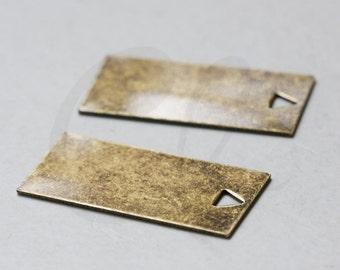 One Piece Antique Brass Rectangle Pendant - 41x20mm (3096C-Q-403)