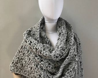 Triangle Wrap Shawl : wool wrap scarf | tassel | Outlander inspired | wool blend | style #1025 | choose your color