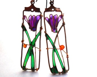 Cyclamen earrings, purple flower earrings, dangle wire earrings, free shipping, boho earrings