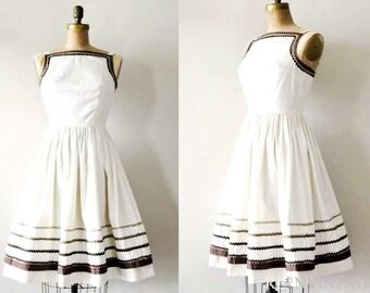 vintage 1950s dress :  latte cream 50s cotton full skirt