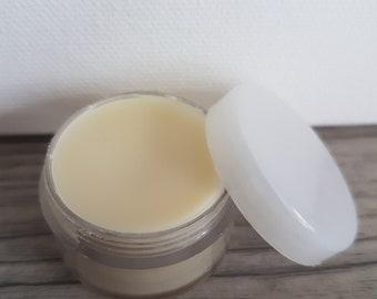 """Lip balm """"gentle and nourishing"""" (18 g) - hand made"""