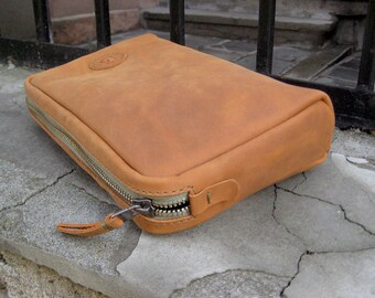 Leather Cosmetic case Toiletry bag Leather travel bag Leather shaving bag