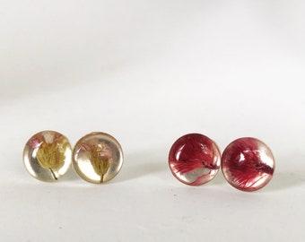 Pressed flower round circle post earrings