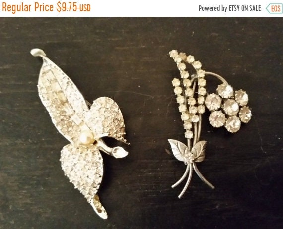 Delayed Shipping Crystal Studded Costume Brooches Vintage Floral Pins Pearl & Crystal Brooches Silver Plated Costume Jewelry Gifts for Her J