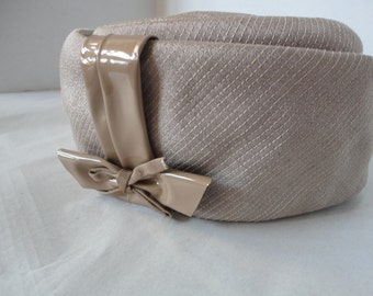 Gimbels Vintage Taupe Color Pillbox Hat
