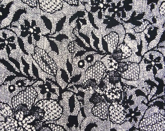 Indian Craft Floral Printed Fabric Sewing Dressmaking Material Apparel Fabric For Sewing White Dress Making Cotton Fabric By 1 Yard ZBC7916A