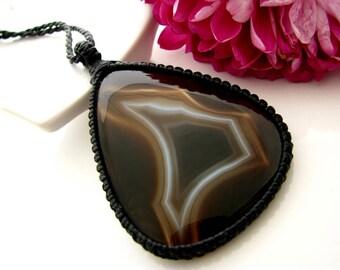 Sardonyx Necklace / Sardonyx jewelry / Classic jewelry / Black lover  / Macrame necklace / Healing Stones and crystals / Christmas gift