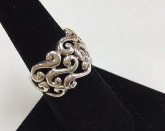 925 Sterling Silver Woman's Swirl Ring!!!  Size 7!!!!    Free US Shipping!!!