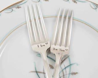 I Do Me Too Wedding Forks, Wedding Cake Forks, Bride Groom Forks, Wedding Table Setting, Wedding Decor, Personalized Wedding Gift