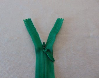 Zipper closure, invisible, jungle green (Y-540)