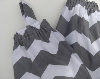 Plastic Grocery Bag Holder Gray and White Chevron Stripe