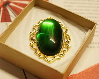 Anime Violet Evergarden Brooch Cosplay Props Necklace Pendant Green Diamond Jade Accessories Jewelry