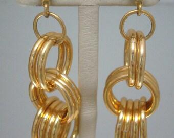 Multiple Hoop Ring Pierced Earrings Jingly Vintage *