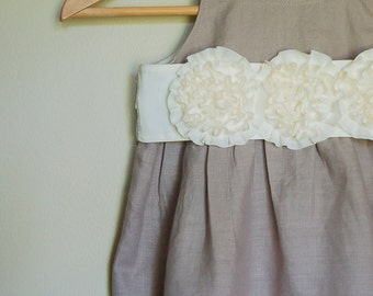 RUFFLE Dress in Linen