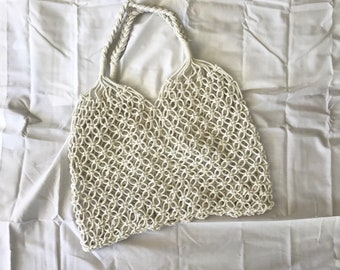 Straw knit bag