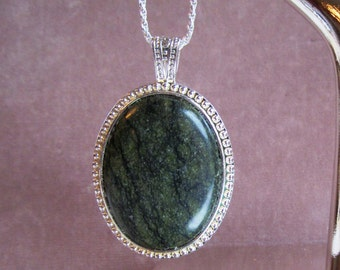 Serpentine Oval Cabochon 40x30mm in Silverplated Rope Pendant, Sterling Chain