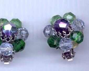 Beautiful vintage earrings signed Hobe