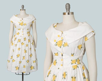 Vintage 1950s Style Dress   50s Floral Cotton Sundress White Yellow Shirtwaist Day Dress (small/medium)