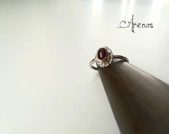 Stacking Ring Garnet Ring - Sterlin Silver - Ring Gemstone - Gift for Her - Simple Ring - Boho - Ring Nº 7 1/2 - Stackable Ring