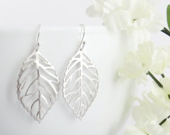 Mothers Day Gift, Silver Leaves Earrings, Leaf Earrings, Fall Earrings, Earrings For Mom, Earrings for Best Friend, Earrings for Her