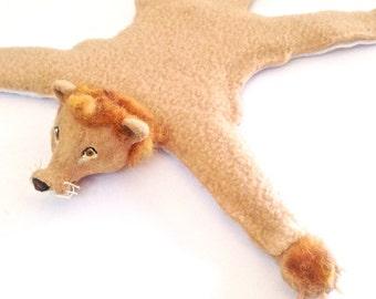 Miniature handmade lion rug - One of a kind