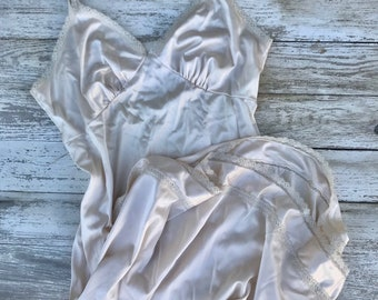 Vintage Slip, Lingerie, Nightgown, Medium