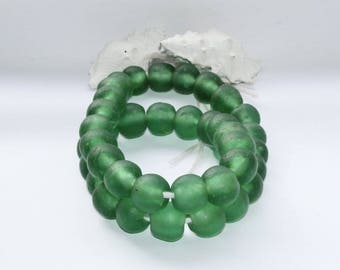 Kroboperlen XL, green, sea glass, sea green, recycled glass beads, glass beads, Africa/Ghana, 18 mm, 14 pieces of pearls,