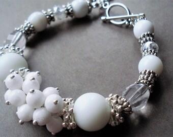 Bracelet blanc bijoux Bohème flocon de neige Bracelet déclaration bijoux Bracelet en argent perle bijoux cadeau de Noël pour les femmes Boho Bracelet