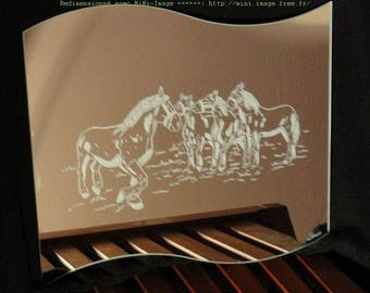 "Engraved wave mirror ""Boulogne horses"""