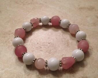 Pretty in pink glass bead stretchy bracelet