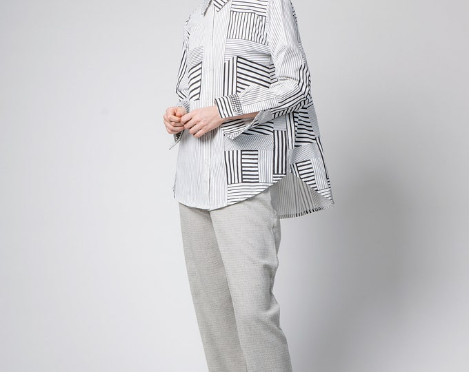 Long black and white tunic shirt, White oversized shirt, Printed top, Loose white blouse, Minimalistic modern cotton top