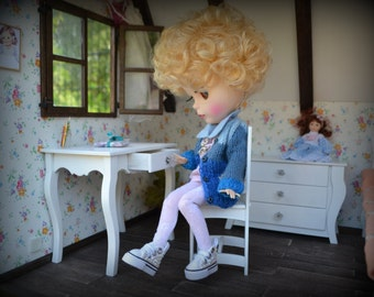 Doll desk, a table,  dollhouse, diorama, roombox 1:6 , 1/6  Blythe Momoko Poppy Parker Barbie doll furniture