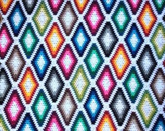 pattern: Harlequin (LongGrannyDiamond)