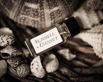 Verkauf Muschel + Coconut™ - Strange Companion Blend™ - natürliche Parfümöl mit tropischen, Sommer, Strand-Duft, Kokosnuss Parfüm, Muschel-Liebe